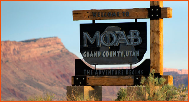 moab welcome sign
